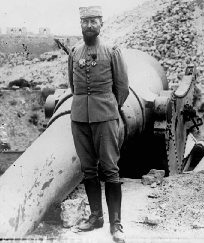 General_Gouraud_aux_Dardannelles_1915