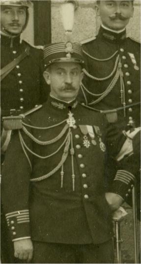 Général Masnou, commandant la 1ère division du CEO, blessé au cours de l'offensive du 12 juillet.